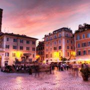 Όσες φορές και να βρεθείς στη Ρώμη, πάντοτε έχεις κάτι για να ονειρευτείς, όπως ένα σούρουπο στην πλατεία Τραστέβερε