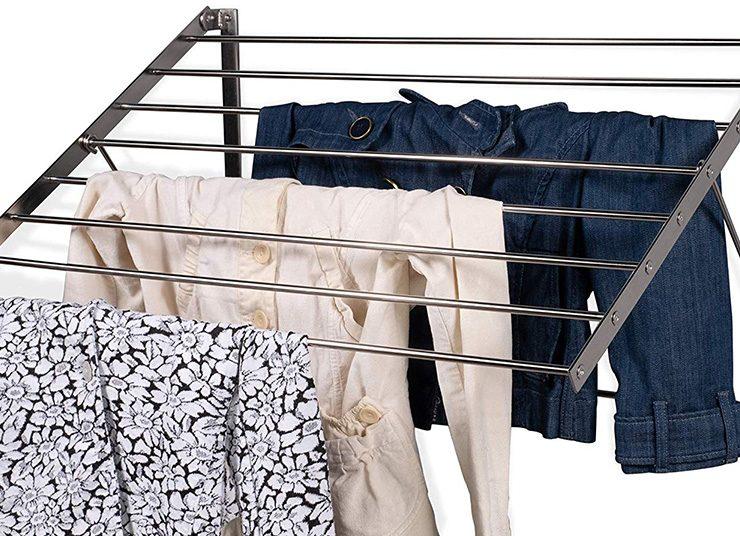Τι κάνουμε με τα ρούχα μας μόλις επιστρέφουμε σπίτι;