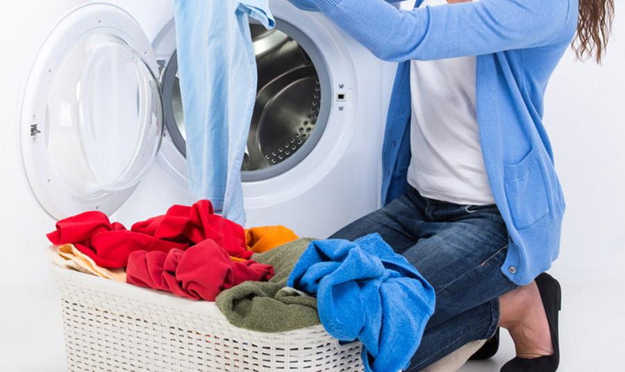 Μήπως ξεβάφουν τα ρούχα σας; Υπάρχει τρόπος για να ξέρετε
