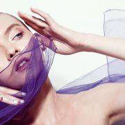 «Εξαφανίστε» τις σακούλες κάτω από τα μάτια με κάποια τρικ μακιγιάζ