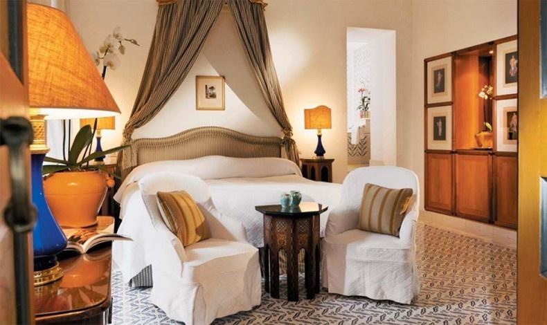 Η πολυτέλεια και η άνεση χαρακτηρίζουν τα δωμάτια και τις σουίτες του La Sirenuse