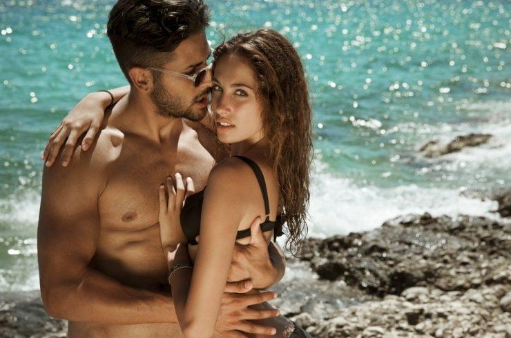 Η επιθυμία για σεξ μεγαλώνει το καλοκαίρι
