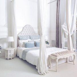 Η θέση που τοποθετείτε το κρεβάτι σας είναι πολύ σημαντική. Στην ιδανική περίπτωση θα πρέπει να έχετε ένα στέρεο κεφαλάρι με τοίχο πίσω από το κρεβάτι σας, ένα μικρό τραπέζι και ένα χαμηλό παγκάκι στα πόδια του κρεβατιού