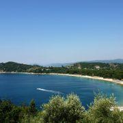 Η υπέροχη παραλία Κουκουναριές