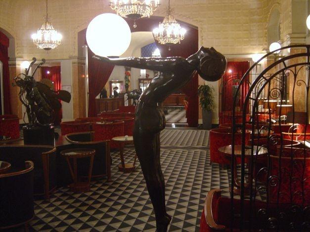 Το ξενοδοχείο Lutecia στο Παρίσι, έγινε ο πρωταγωνιστής του ομώνυμου μυθιστορήματος του Ασουλίν