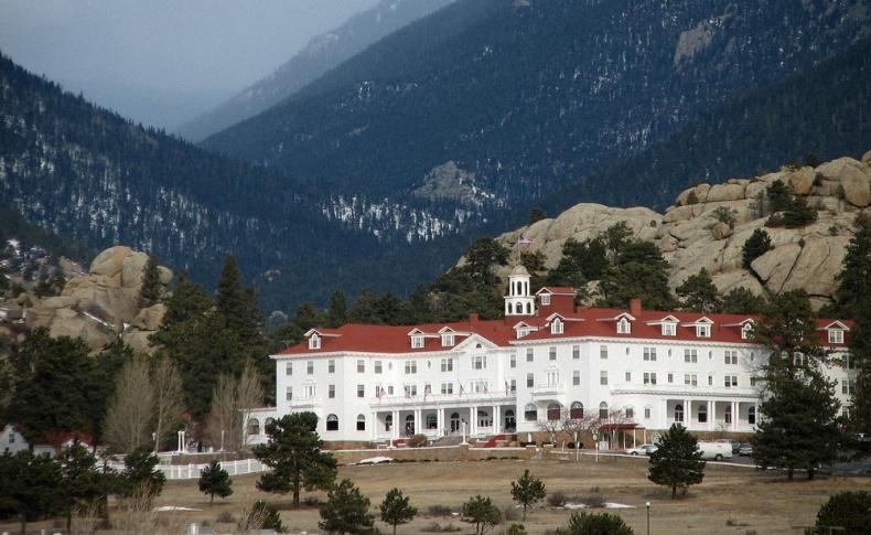 Στο Κολοράντο των ΗΠΑ, το Stanley Hotel είναι το σημείο όπου ο Στίβεν Κινγκ έγραψε ένα από τα πιο διάσημα μυθιστορήματά του, τη «Λάμψη»