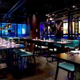 Το πιο hip γιαπωνέζικο εστιατόριο στο Μέιφερ του Λονδίνου, το Hakassan διαδραματίζει τον ρόλο του στη ζωή του Χιου Γκραντ