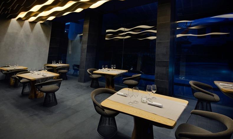 Το εξαιρετικό εστιατόριο Aziamendi συνδυάζει πρωτοποριακή διακόσμηση και βραβευμένες γεύσεις