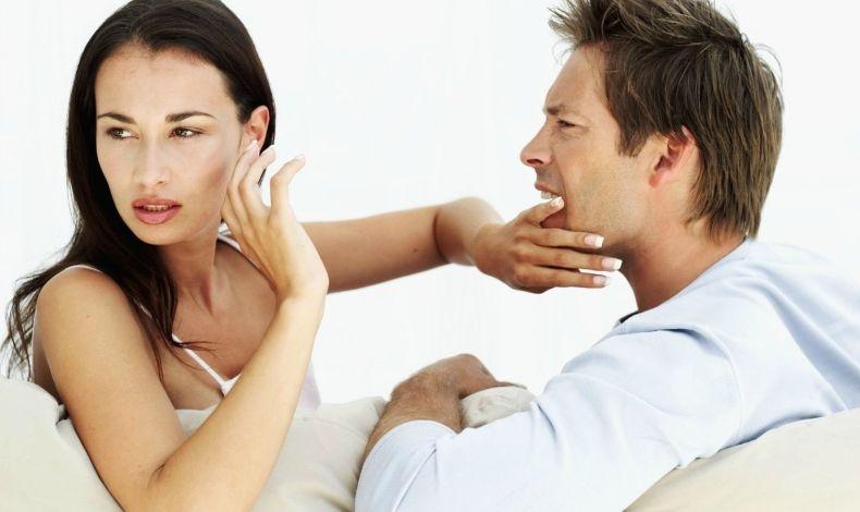 Πόσο επηρεάζει ο τόνος της φωνής τη σχέση μας;