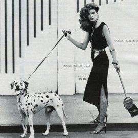 """Η """"δύσκολη"""" Gia Carangi σε φωτογράφηση της Vogue Patterns. Το πανέμορφο μοντέλο απεβίωσε το 1986 από AIDS."""