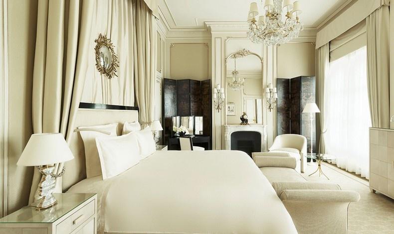 Η σουίτα προς τιμήν της Coco Chanel, που είχε κάνει το ξενοδοχείο σπίτι της για 37 ολόκληρα χρόνια