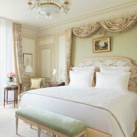Δωμάτιο deluxe με όλες τις ανέσεις και το λεπτεπίλεπτο γούστο