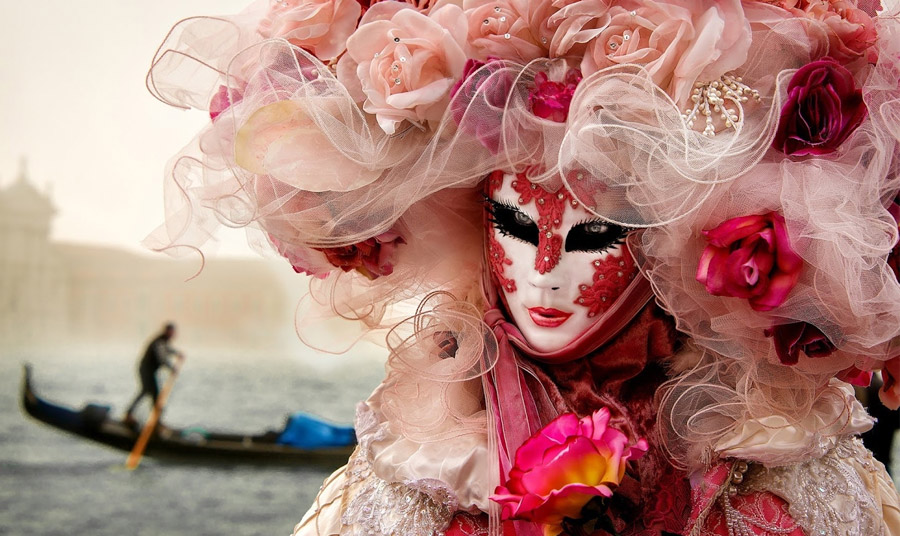 Bενετσιάνικες μάσκες: Χειροποίητο μυστήριο