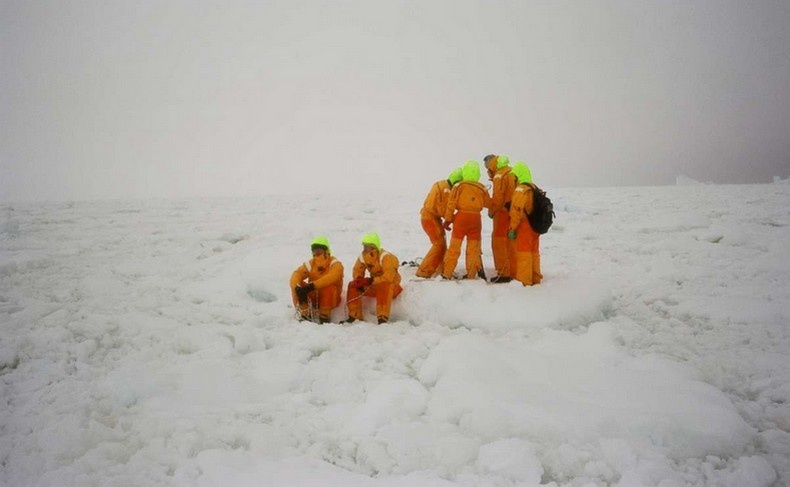 Ο Pierre Huyghe με την ταινία A Journey That Wasn't μετατρέπει ένα ταξίδι στην Ανταρκτική σε ήχους και φως