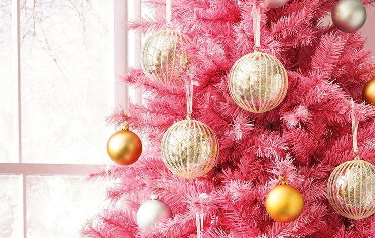 Το χρυσό ταιριάζει στο ροζ δέντρο