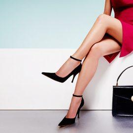 Για απόλυτη οικονομική δύναμη και σοβαρές επαγγελματικές επιτυχίες, επιλέξτε μαύρο πορτοφόλι και μαύρη τσάντα!