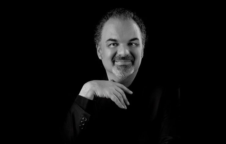 Yves Hajjar: «Όταν μακιγιάρω Ελληνίδες, η καρδιά τους χτυπάει μέσα μου»!