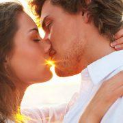 Τι λέει το ζώδιο σας για τον τρόπο που ερωτεύεστε;