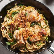 Ζυμαρικά με φιλέτο κοτόπουλο και σπαράγγια